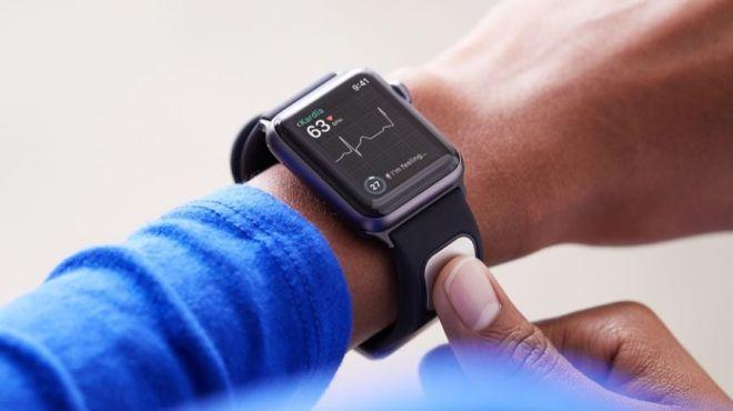 apple-watch-kardiaband-1513629359-zUgp-column-width-inline